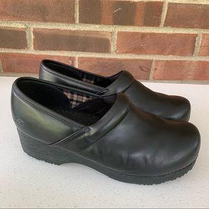 Skechers black leather slip on work clogs